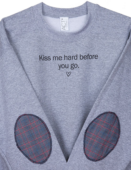 kiss-me-hard-zoom-web